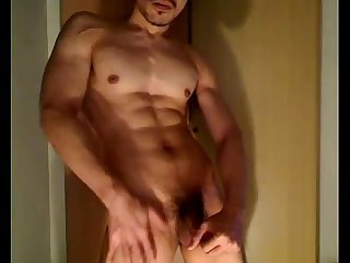 Kimp muscle guy jerk off