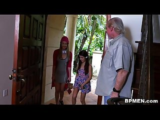 Tiny Teen Gigi Flamez and Sally Squirt Love Old Men