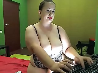 BBW In Feline lingerie.