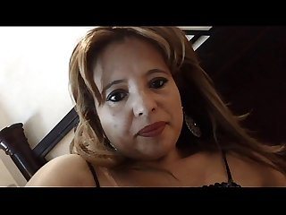 Masturbando a Madura Mexican mature