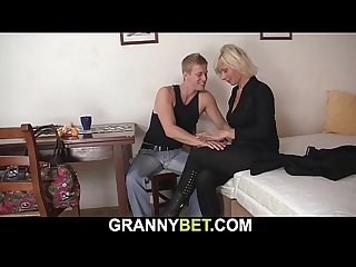 Old mature blonde sucks and rides neighbour s cock