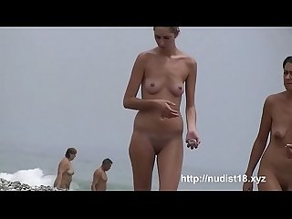 Nice all natural boobs at the nudist beach