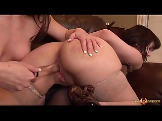 Jennifer white dildo fucks audrey noir