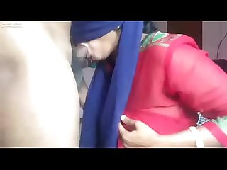 muslim girl fatima sucking a dick