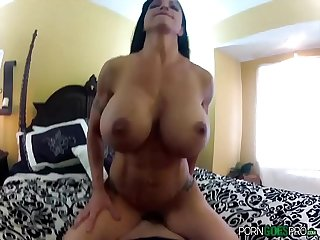 Porn Goes Pro - Jewels Jade is fucked by a big dick, big booty and big boobs