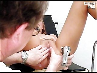Janelle young mom having her pussy gyno speculum examined