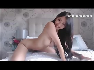 Webcam session of gorgeous asian babe masturbating in bedroom