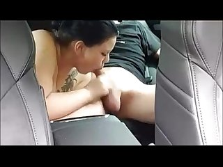 Chubby sucking in car like a pro
