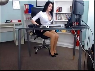 Beautiful girl in her Office Sex privatecams pe hu