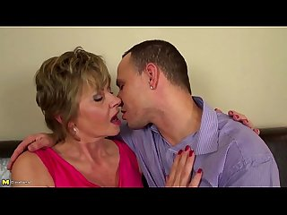 Homeboy fucks mature mother from look4milf com rough and nice