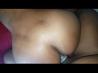 Young Tinder slut pops that pussy for daddy