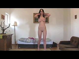 Naomi nude dance