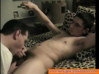 Amateur straight latino sucked by gay guy