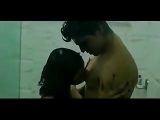 Bollywood bgrade movie hot bathroom kissing scene 18