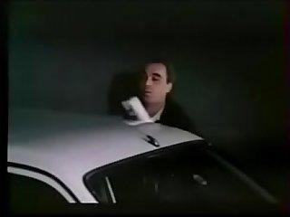 debutantes nymphomanes pour messieurs solitaires 1984