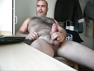 hairy bear cumming