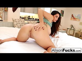 Big boob and butt hottie plays with her tight slippery pussy