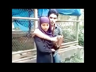 maine apni desi girlfriend ke boobs capture kiye