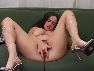 Amateur girl with huge tits jerks off her pussy