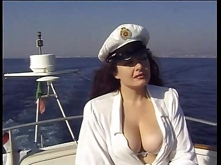 Lesbian sex of Jessica Rizzo in the boat of sin