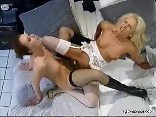Nylon rich lesbian sex in sexy stockings and high heels