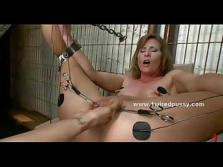 Brutal mistress forces slut to submit