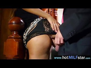 Sex Scene Action With Milf Acting Like A Star vid-15